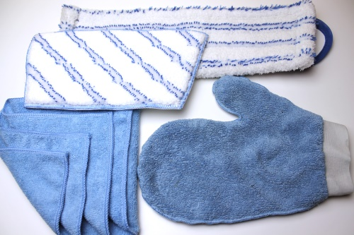 microfibre accessories, and products gloves, mittens, cloths and towels for contract cleaners and vehicle detailers