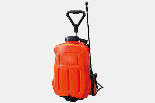 aqua tank pportable pressurised water washer, with rechargeable battery for mobile use