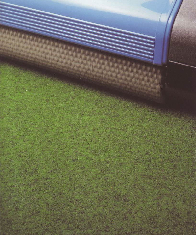 broad span floor cleaner, for sporting venues