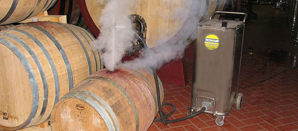 dry steam vapour cleans and sanitizes wine production equipment, removing tartrates and cleaning yeast lines