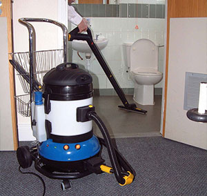 bathroom cleaning equipment