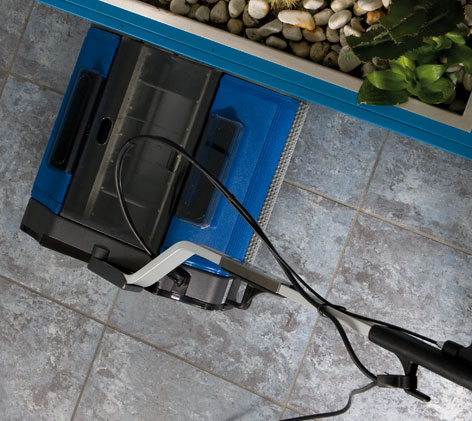 our cleaning machines work to the very edge of floors