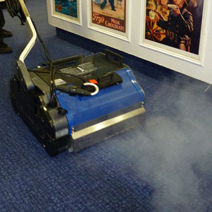 steam cleaning carpet floors