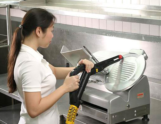 clean machinery with our professional cleaning equipment