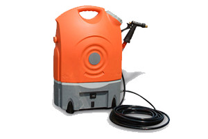 portable pressure washer which combines water and detergent, or cleans with water only