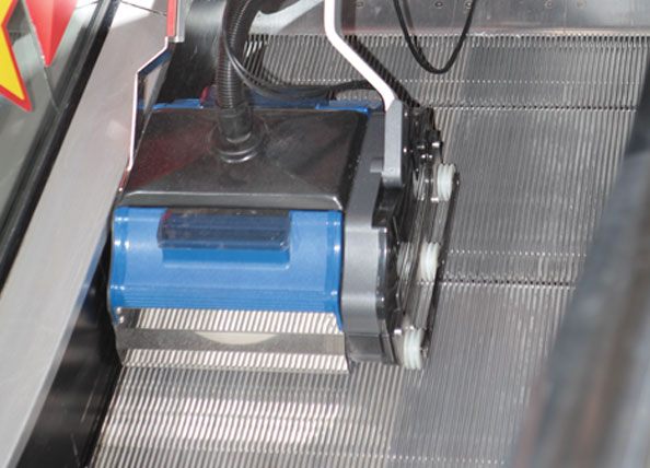 clean the total width of each step- flush to the edges, with a machine that does not sway during operation