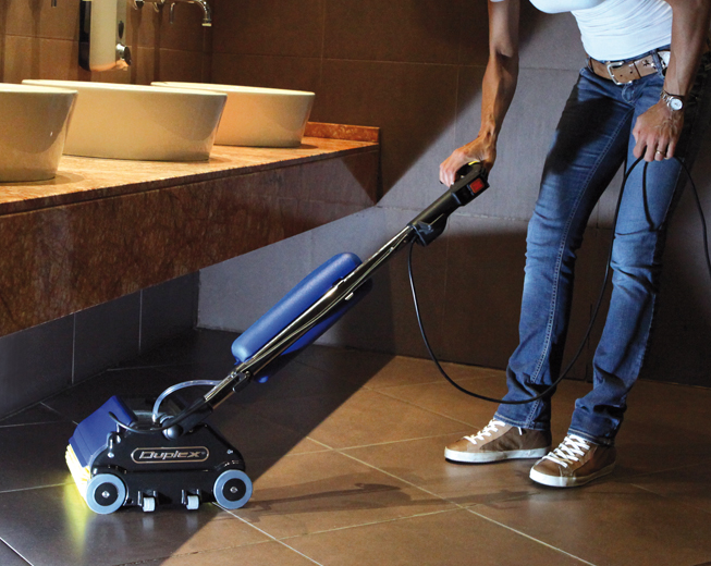 powerful brushes and water injection achieve perfectly clean carpet and tiled floors, without chemicals
