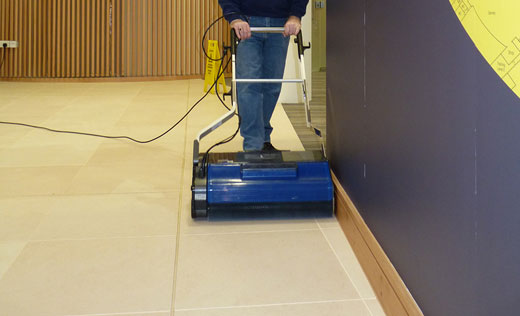 Duplex 620 floorscrubber for Concrete floor cleaning machine rental