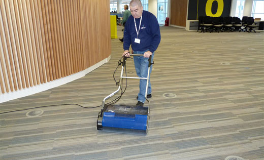 industrial class hevy duty floor cleaning equipment