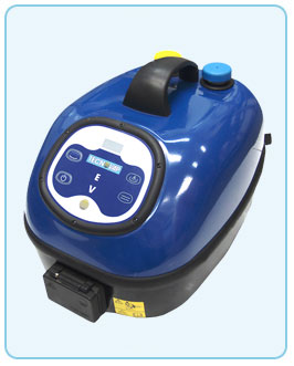 Evo steamer machine with dual water and detergent injection