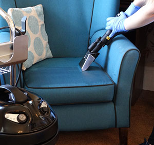 5 ways to clean upholstery with steam vacuum equipment